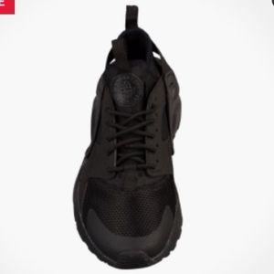 newest 5bdce 2ea4f Nike Shoes - BNWT Nike Huarache Run Ultra Unisex Kids